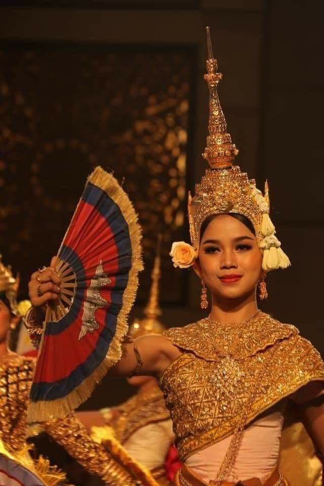 Apsaras Dance & Dinner Shows - Cambodia Attractions