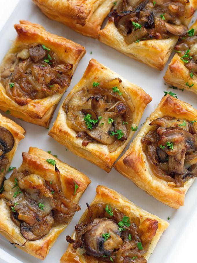 Tartelettes gruyère, champignons et oignons caramélisés