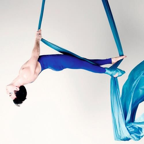 Male Aerialist. I love Aerial Silks