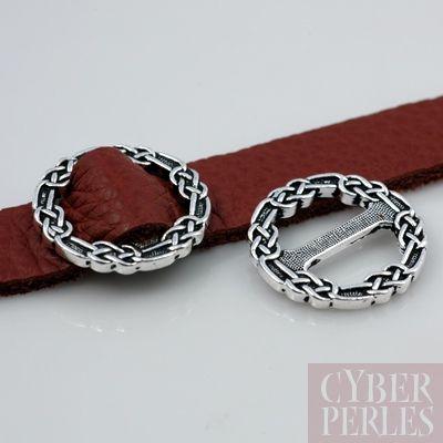 Boucle pour laniere motifs celtique - argentee