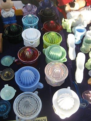 *Juicers of all sizes and colors at the flea market - fill a shelf with these and they'll make you smile!