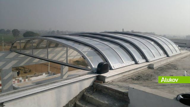 Retractable Roof Enclosure With Remotely Controlled Motor