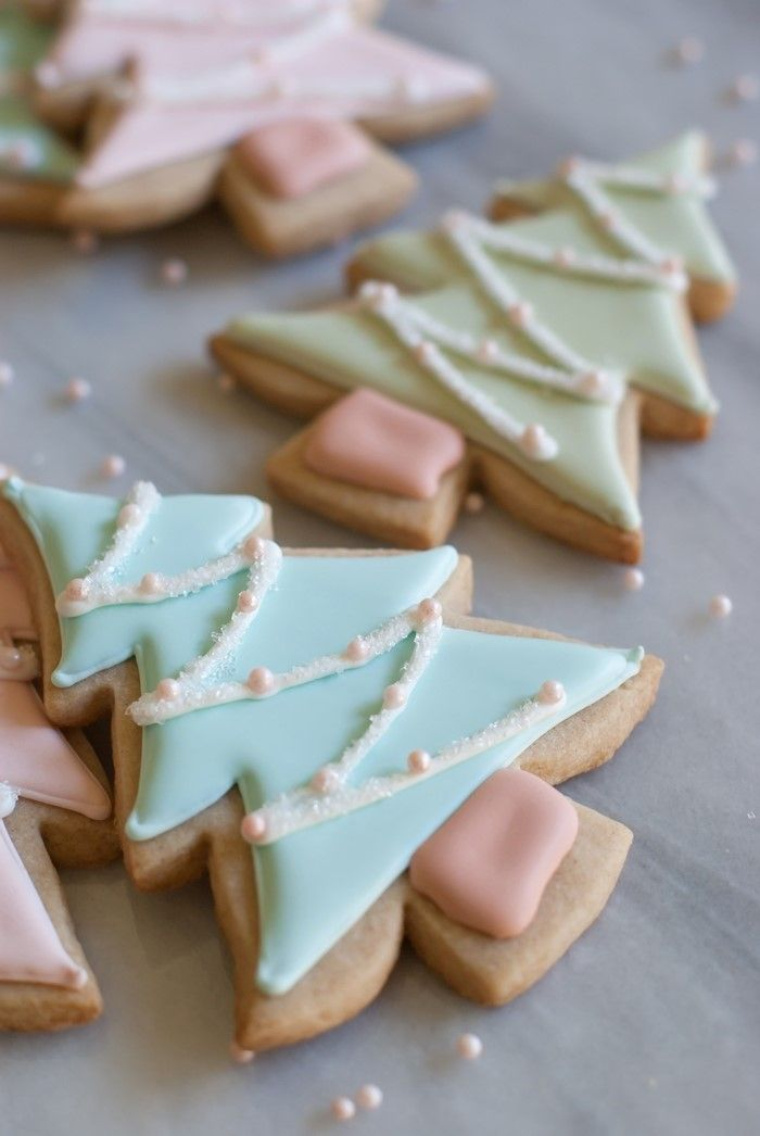 Love this idea from @bakeat350 for cinnamon cutout cookies. A nice change of pace from regular sugar cookies!