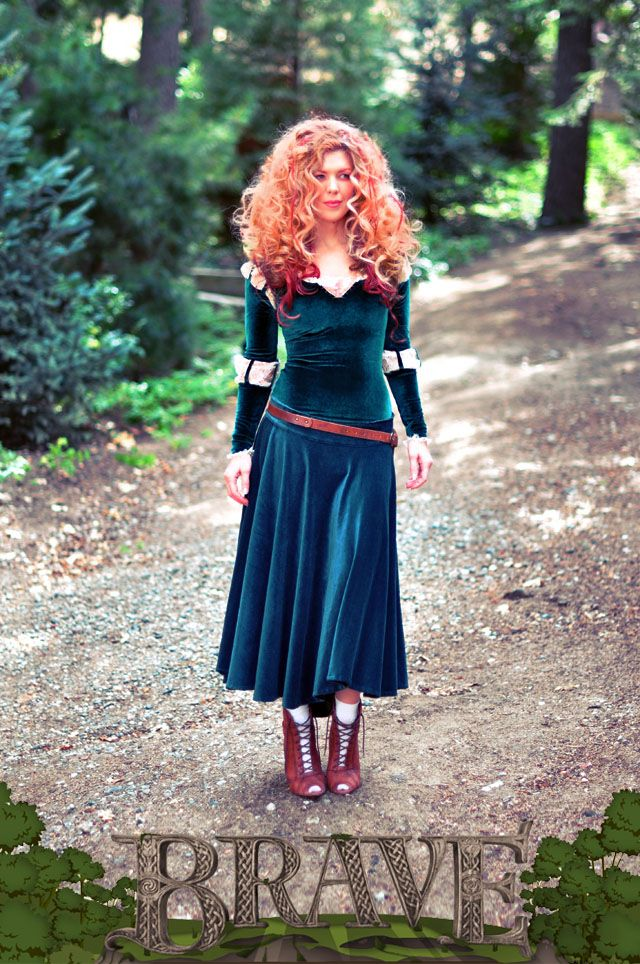 I do NOT like the short skirt version of this, but the sleeve tutorial is useful. - DIY Merida Costume full skirt-Brave