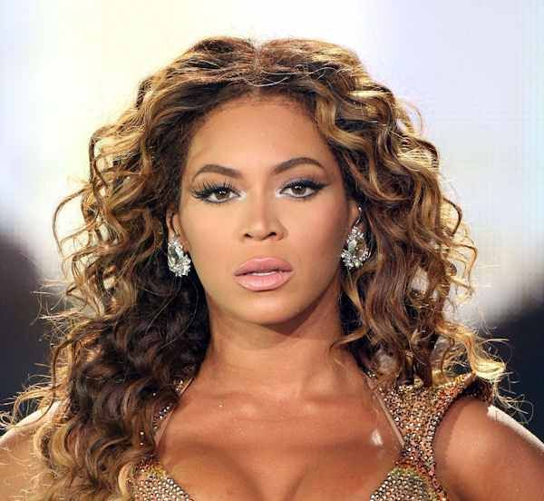 Beyonce Pictures, A Tribute. These Beyonce pictures are a testament the hairstyle versatility of the mega celebrity. She loves to try new looks. Come and see them here.