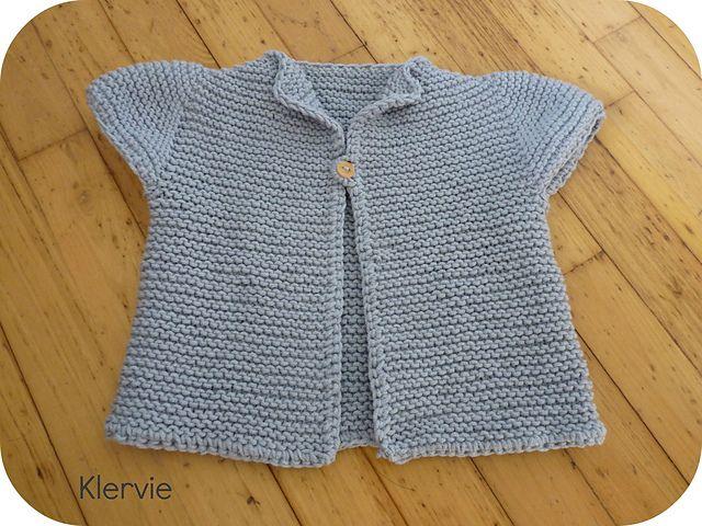 May est un cardigan destiné aux petites filles - free pattern Alexandra Provost