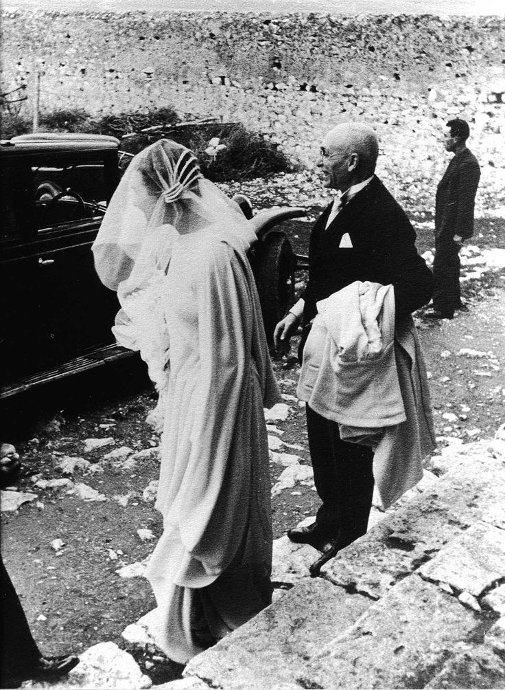 Renata e il padre Annibale Germano alla cattedrale di Santa Maria del Granato  di Capaccio Vecchio