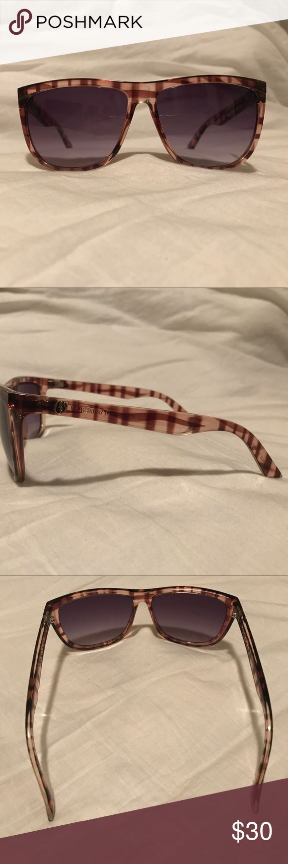 Purple plaid Electric sunglasses Electric sunglasses in a purple plaid pattern. Lenses have no flaws. (They are grey with a purple fade) Electric Accessories Sunglasses