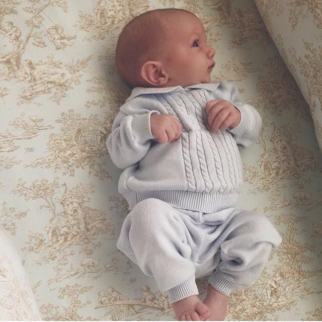 Sweet little baby boys truly fill our heart with Joy! Hudson Gregory is beautifully dressed in his Feltman Brothers knit mini cables set! This lovely 2 piece comes in blue, white, or grey in sizes Newborn-9m! http://www.feltmanbrothers.com/knit-two-piece-mini-cables-and-hat/
