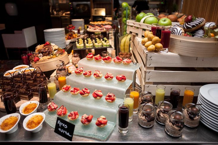 The best place for the sweet-toothed ones is our Sunday Brunch