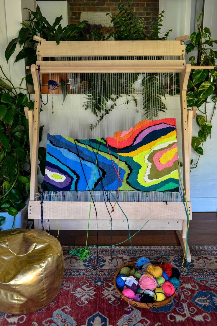 Tapestry loom with stand- large This vertical floor loom is easy to assemble and use. Weave your own pictures or rugs with our remarkably simple...