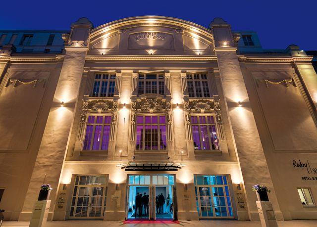 24 uur met extra korting: Historisch Wenen verkennen vanuit glamoureus designhotel met muzikale vibe, incl. ontbijt