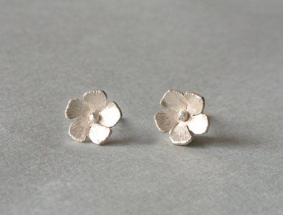 Periwinkle Flower Earrings by HestiaJewelry on EtsyPeriwinkle Flower, Flower Earrings
