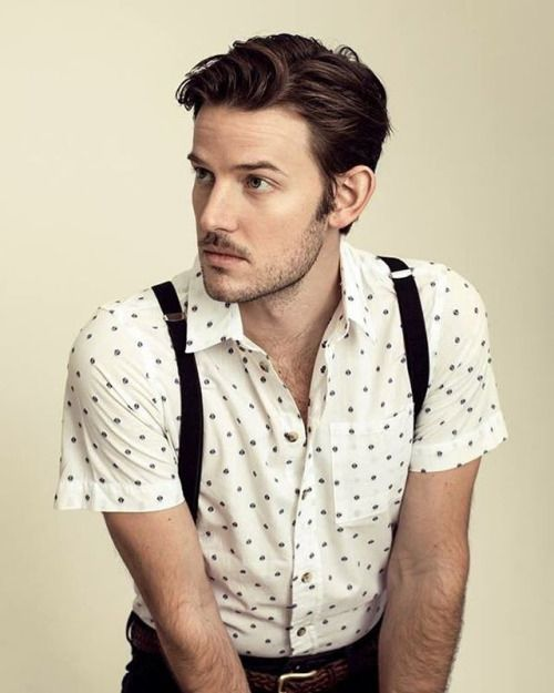 Evan Williams - What if Lionel cut his hair shoulder length and tied it back? Then dressed like this? Except in a lavender dress shirt!
