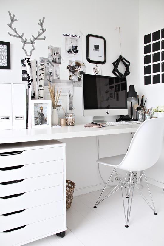Schreibtisch Inspirationsthread - Seite 2 - ich hab momentan total Lust darauf meinen Schreibtisch irgendwie schön zu machen. Daher: was darf auf Eurem Schreibtisch nicht fehlen? Zeigt doch... - Forum - GLAMOUR: