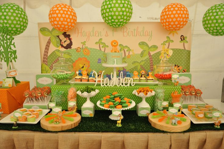 My orange and green jungle animal themed dessert table i designed and set up for hayden 39 s 1st for Deco table jungle
