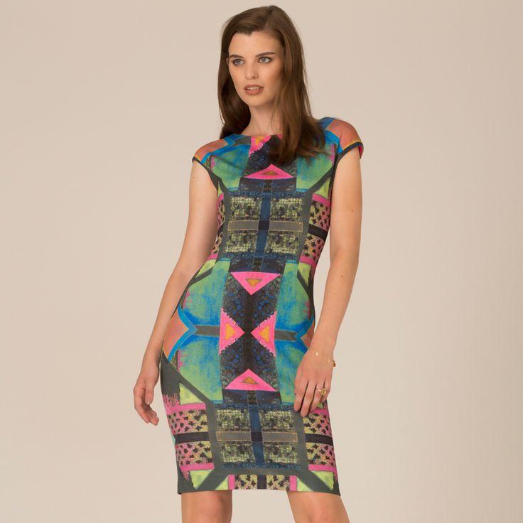 King Dress on TROVEA.COM