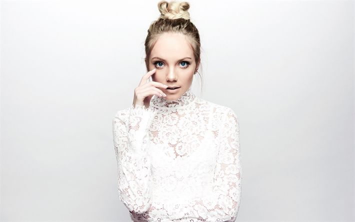Download wallpapers Danielle Bradbery, American singer, country, portrait, photoshoot, white luxurious dress, blonde, fashion model, beautiful woman, USA