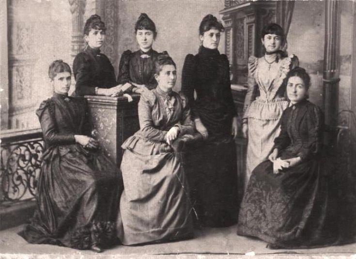The daughters of Panayioti Kakoulidis, grandfather of Athena Makridou-Kalliga…