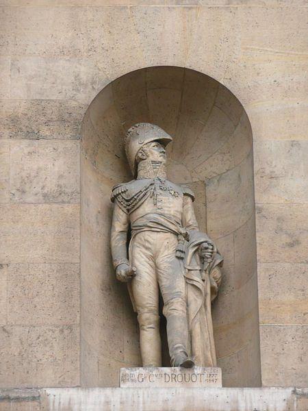 Statue du général Drouot au Louvre