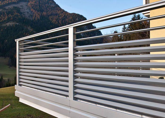 Balkongeländer aus Aluminium Balkon geländer design