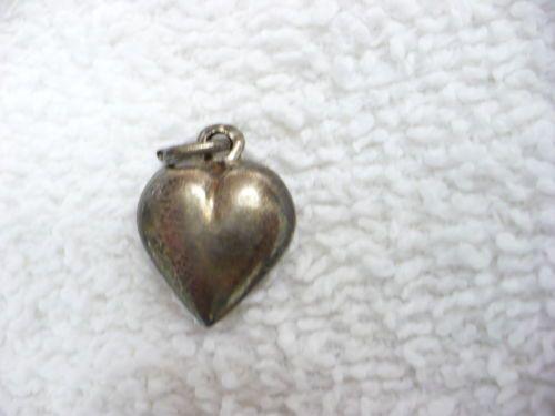 DR-VINTAGE-925-STERLING-HEART-PENDANT