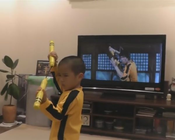 You Will Be Completely Amazed By Watching This 5yr Old Imitate Bruce Lee!
