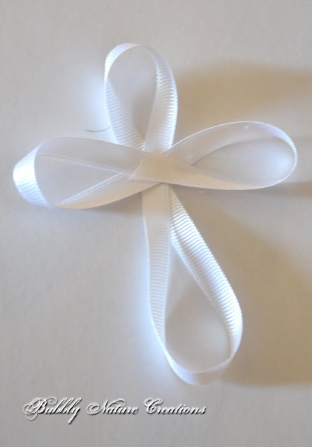 Cross ribbon bows for Communion