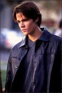 Dean Forester - Gilmore Girls Wiki  Sam is just so cute in this show, and he's so little... aww little sammy