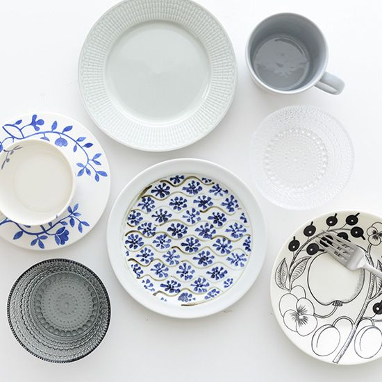 瀬戸焼/藍色花模様/プレート(直径約17cm) - 北欧雑貨と北欧食器の通販サイト| 北欧、暮らしの道具店