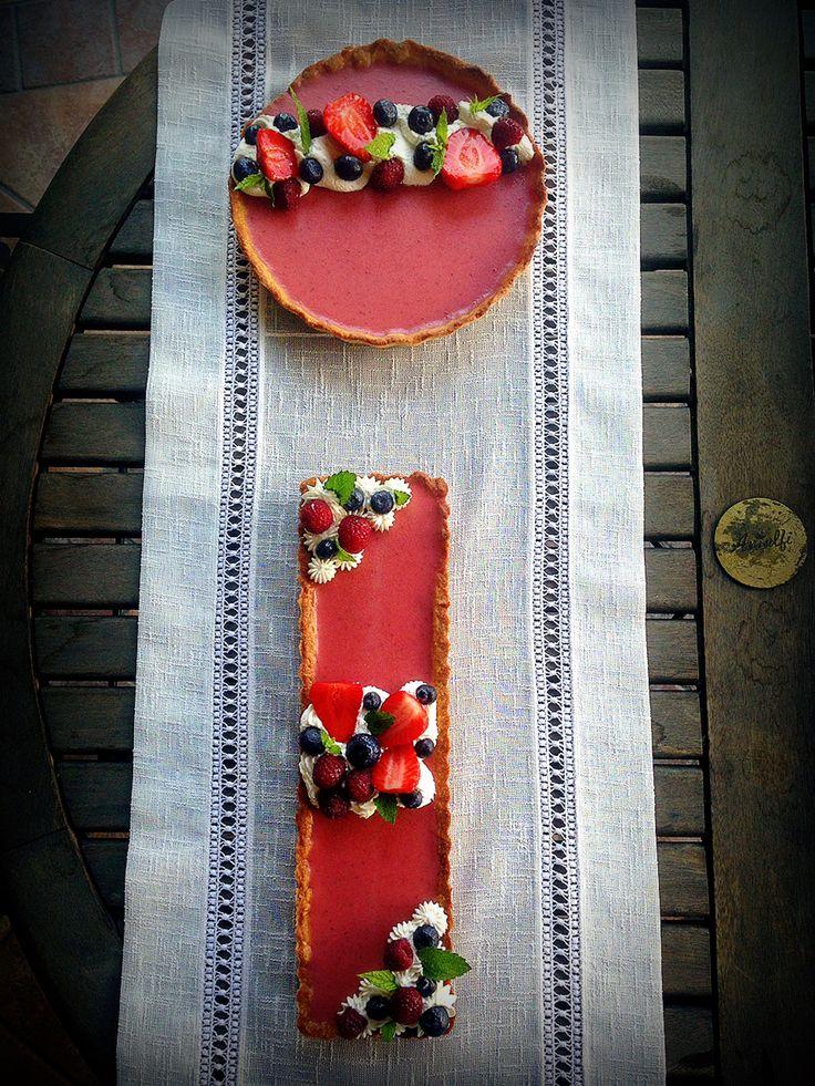 Strawberry, peppermint, pink pepper tart