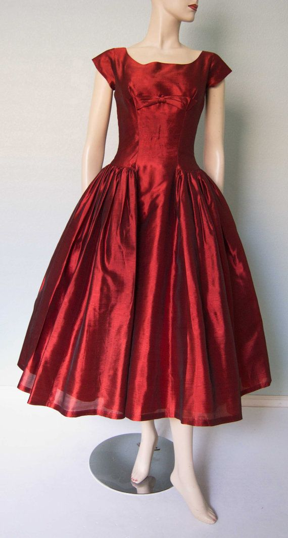 1950s Lori Deb Crimson Red Shantung Taffeta by KittyGirlVintage, $98.00. WOW! Summer in the moonlight.