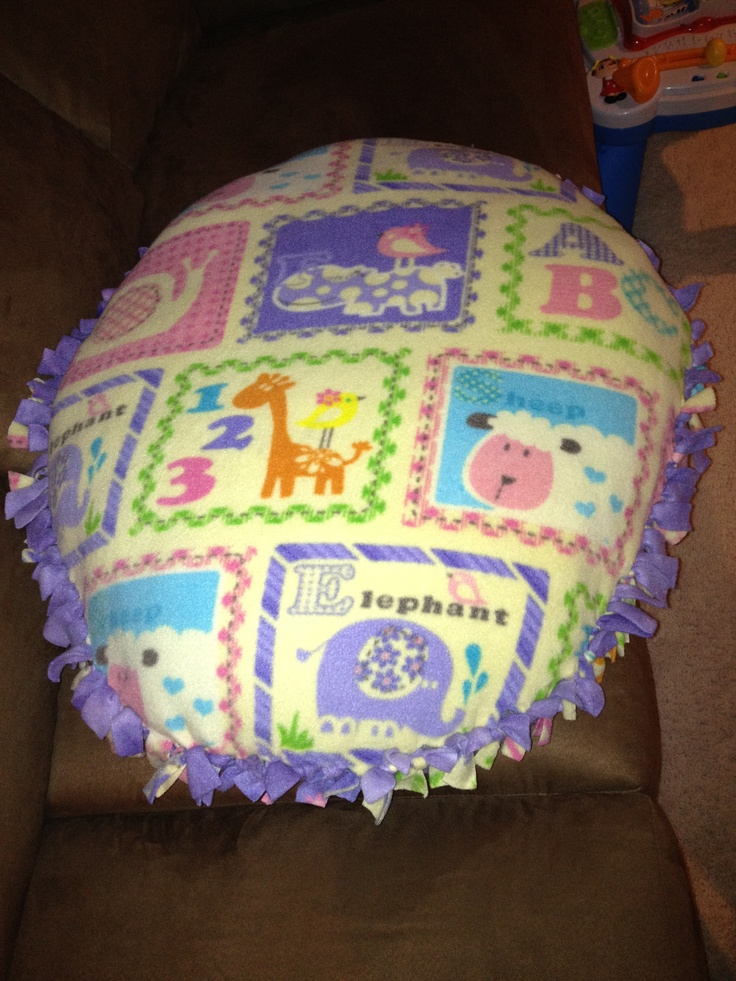 Tie Knot Blanket Floor Pillow For Infant And Pup When
