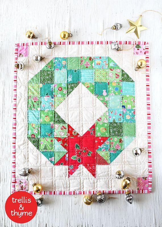 PDF Pattern Merry Wreath Mini Quilt Pattern by sosaecaetano