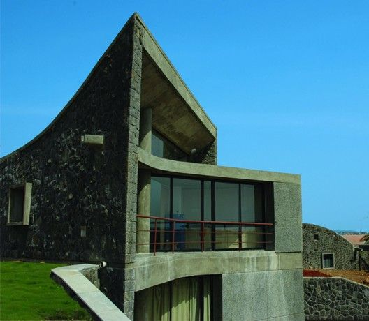 The Heritage School / Madhav Joshi and Associates | ArchDaily