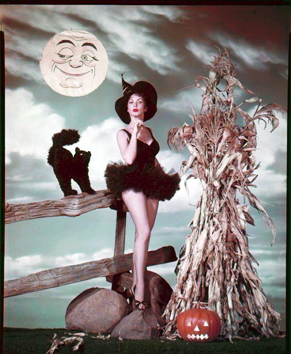 Mrs. Button's Vintage Corner:  Vintage Halloween Costumes