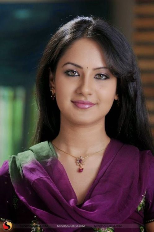Pooja Bose In Jeans The 25+ best Pooja Bos...