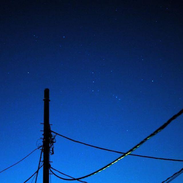 Instagram【m.i_piace】さんの写真をピンしています。 《. #星空  #starry sky  #夜景  #nightview  #オリオン座  #orion》