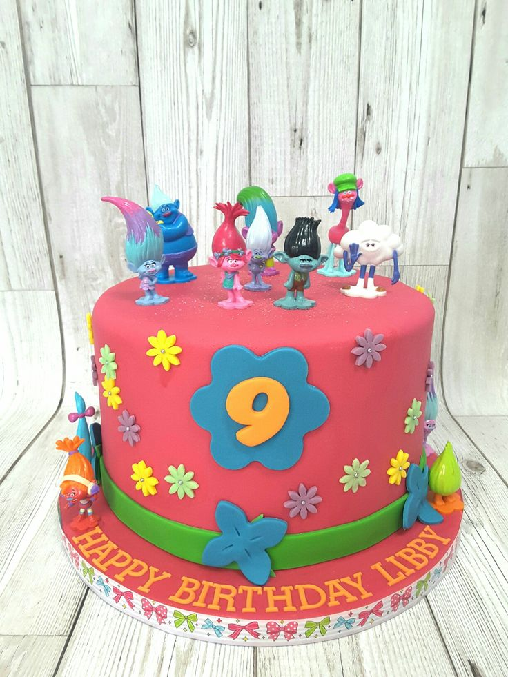 Cake Decoration Trolls : The 32 best images about Bella Trolls cake on Pinterest Birthday party ideas, Cake and Poppies