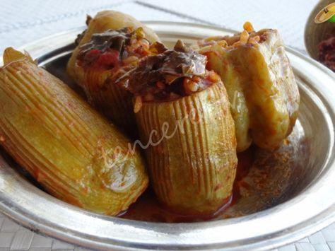 Güneydoğu mutfağının en lezzetli yemeklerinden bir tanesi, Sumaklı Etli Karışık Dolma...
