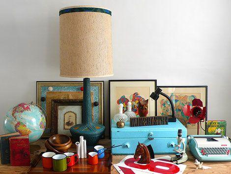frames, globe, lamp: Globe Lamps, Pretty Desk, Modern Vintage, Homey Things, My Style