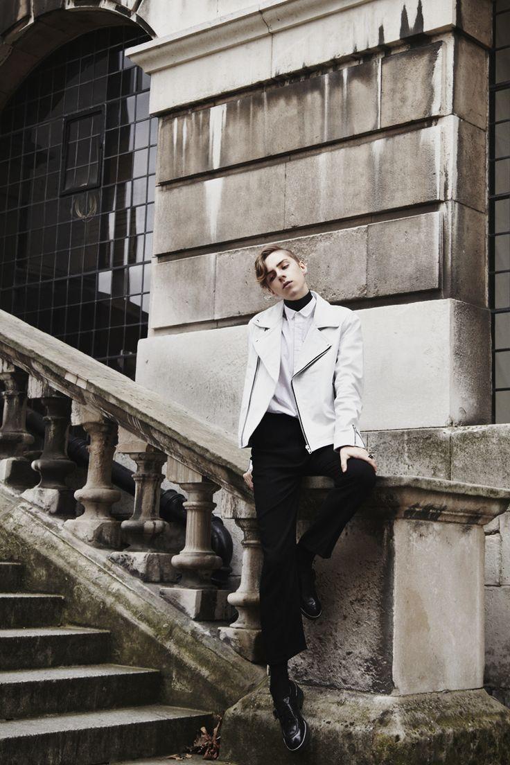 Mikko Puttonen wearing gTIE 'Jamie' leather band under collar | Turning into stone | mikkoputtonen.com