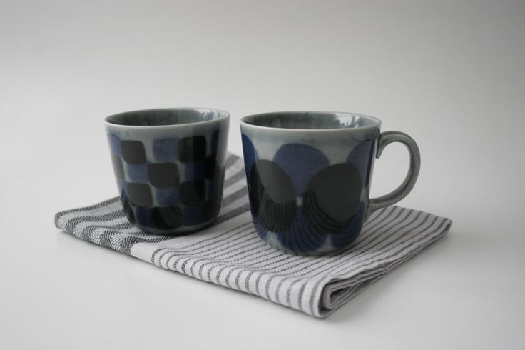 arabia finland handpainted teacups design by ulla procope.