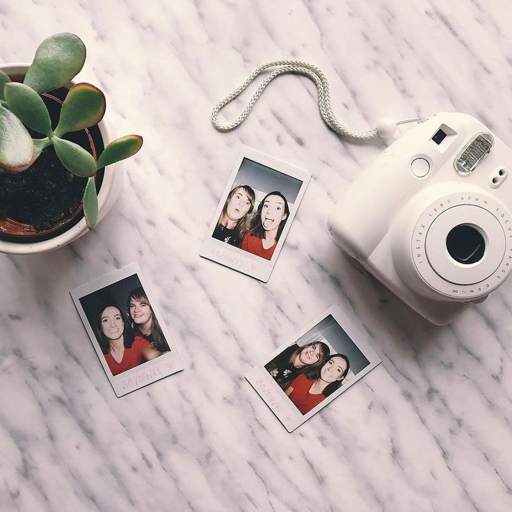 Shake it like a Polaroid picture  Lovely day spent catching up with @zoea93  Can it be a bank holiday every weekend?