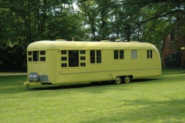 This 1953 Trailer Sat Abandoned For 60 Years. What They Found Inside? AMAZING!