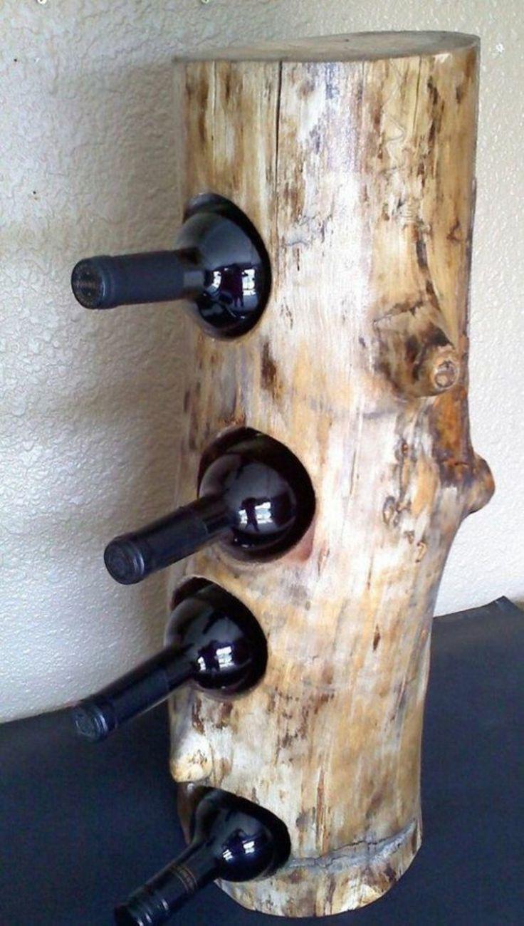 Weinregal aus Baumstamm für 4 Weinflaschen