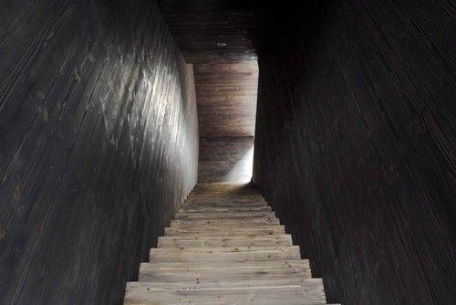 down the stairs: Anton Corbjin, Interiors Design, Bos Alkemad, Alkemad Architects, Anton Corbijn, Ate Anton, Alkemad Architecten, Architecture Photography, Corbijn Studios