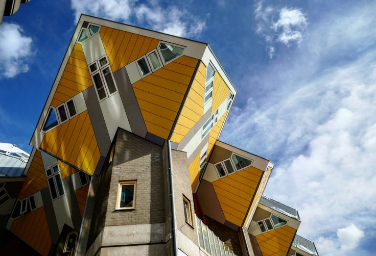 Rotterdam- a city with a feeling for the extraordinary. Read about it on my travel blog!