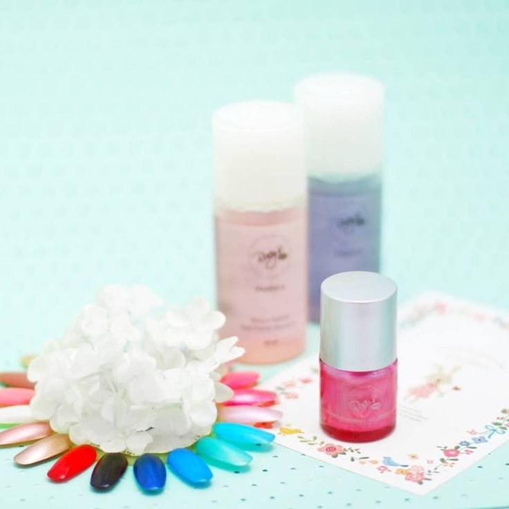 Why go to salon when you can give yourself a perfect manicure at home? Shop nail polish from www.rucysvanityph.com! 💅  #rucysvanityph #nailpolish #manicure #koreancosmetics #nails #beauty #colors #cosmeticsph #makeup #instanail #nailaddict #nailart #naillovers