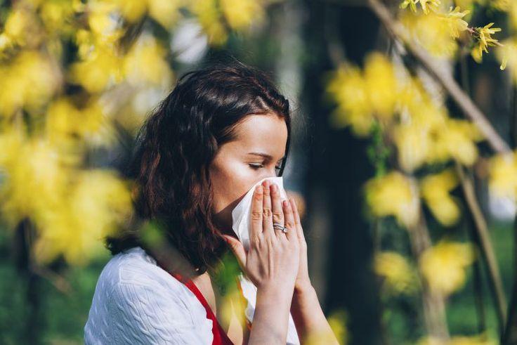 ¿Damos la importancia que merece a las enfermedades alérgicas? Emilio de Benito se realiza las pruebas de la alergia en directo desde el hospital madrileño de Madrid Fundación Jiménez Díaz